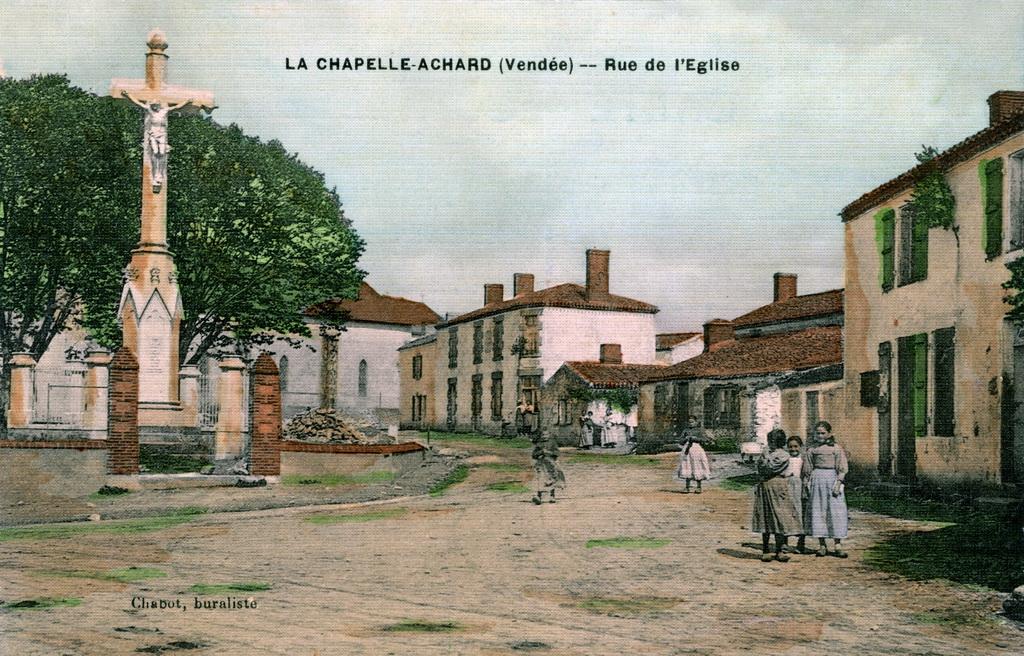 rue-de-l'eglise-la-chapelle